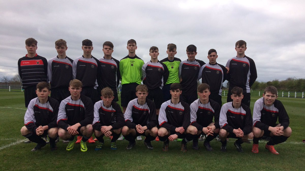 St  Francis College secure Tom Ticher Semi Final victory